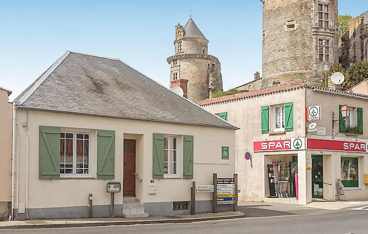 Stunning home in Apremont with 2 Bedrooms