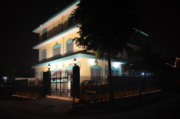 A home away from home - Greater Noida