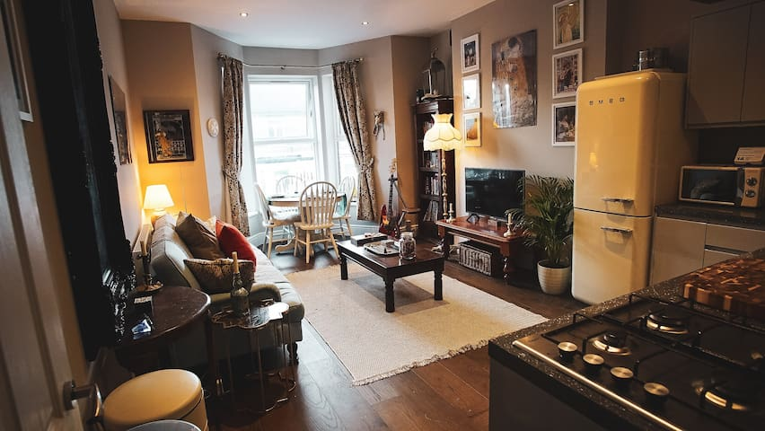 Margate's No.1 Boutique Apartment