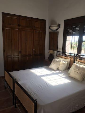 Bedroom 1 With en Suite (Twin or Double)