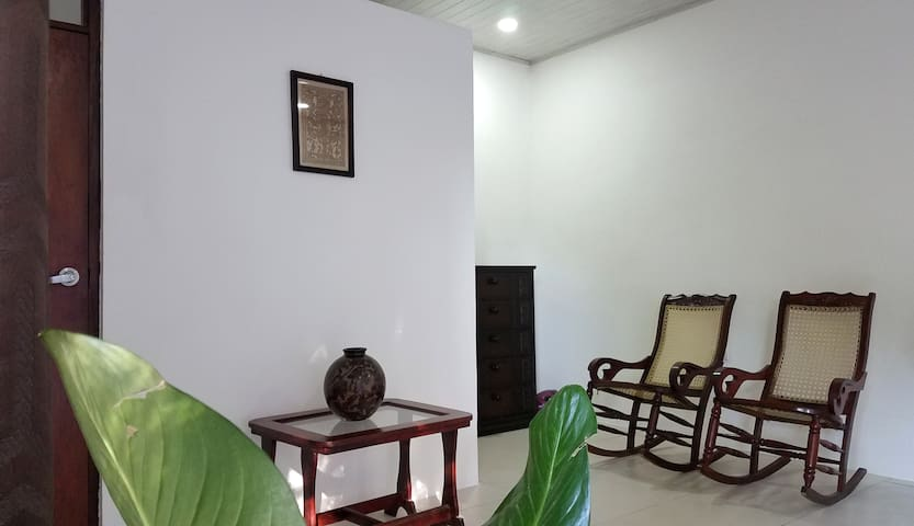 New spacious private room in Guadalupe, León