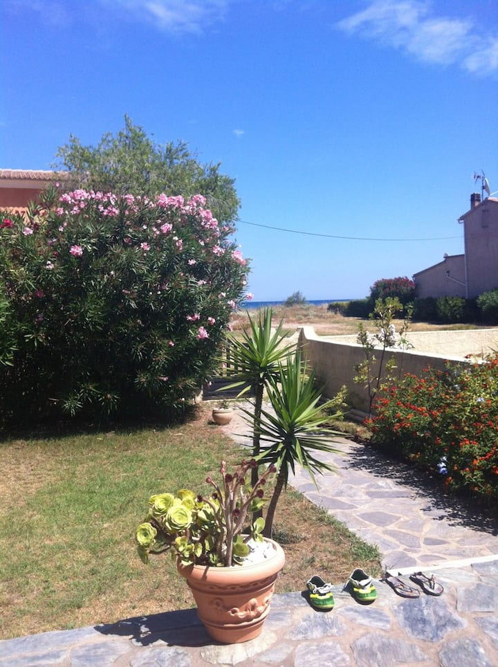 House 20 meters from the beach