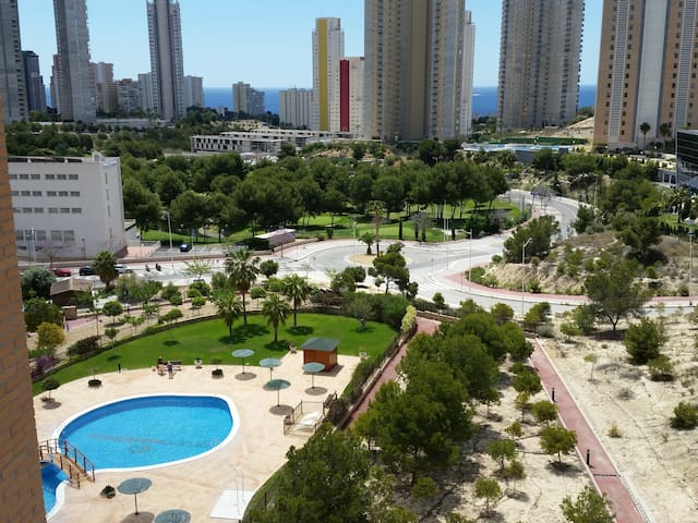 Sunny Benidorm apartment in a beautiful quiet area - Benidorm - Pis