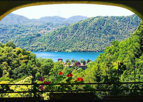 @Aularcobaleno -Blu- Romántica vista al lago