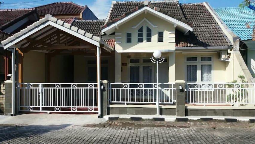 Homestay Ria Yogyakarta