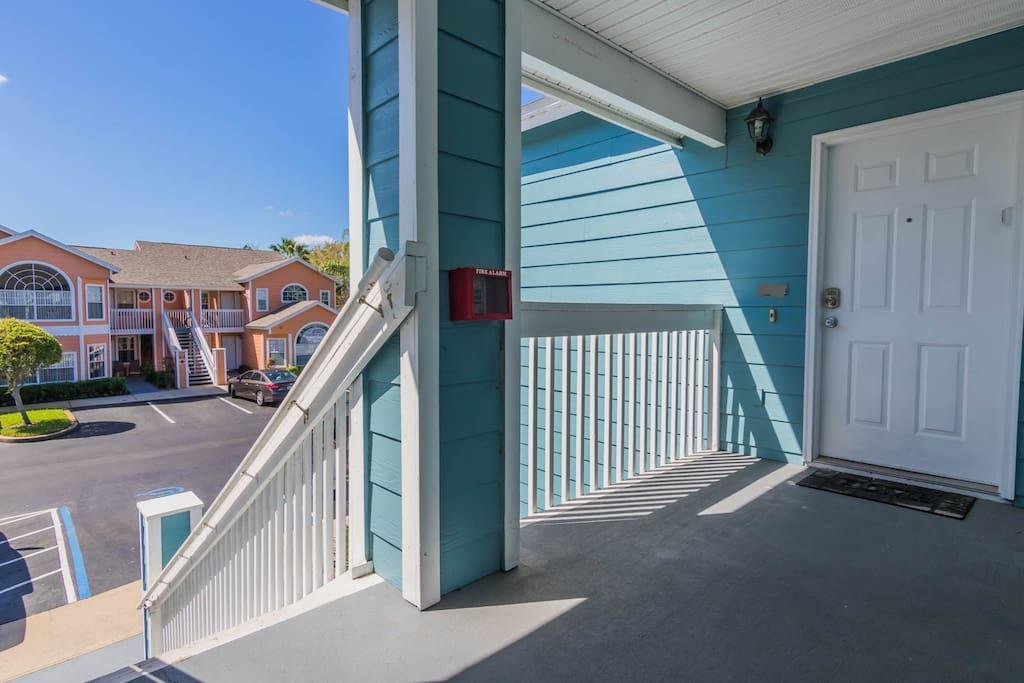Entrance Villa Blue