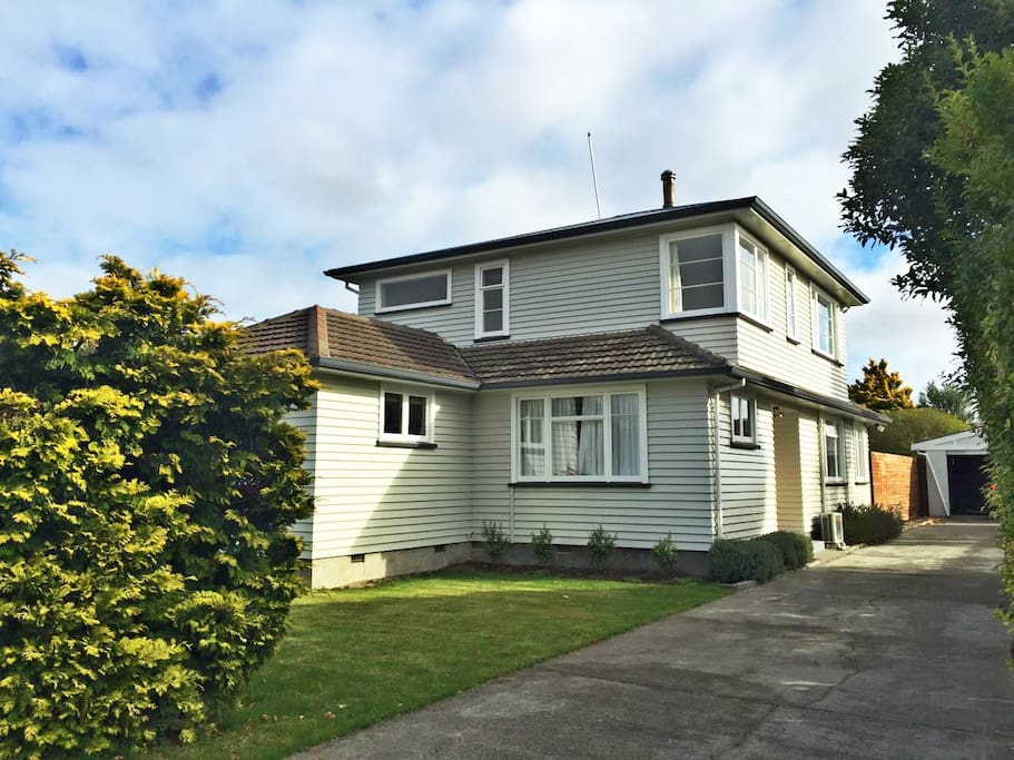 Mahogany House Houses For Rent In Christchurch