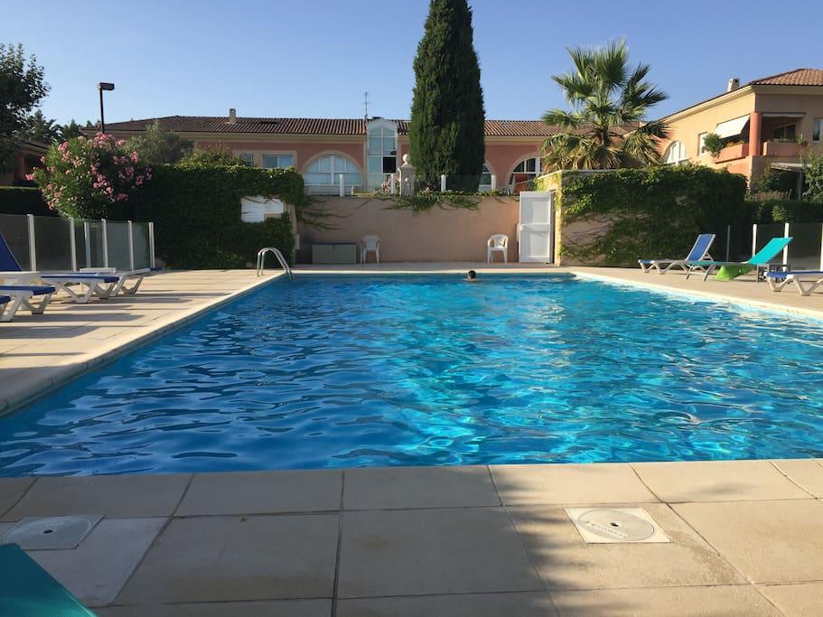 Triplex design r sid piscine tennis 5mn centre aix - Piscine d aix en provence ...