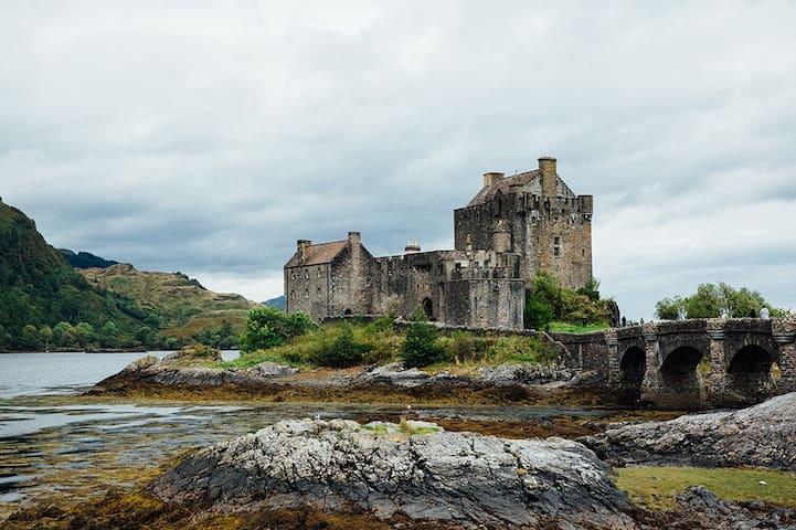 Algonquin nr Eilean Donan Castle, Dornie by Kyle - Dornie