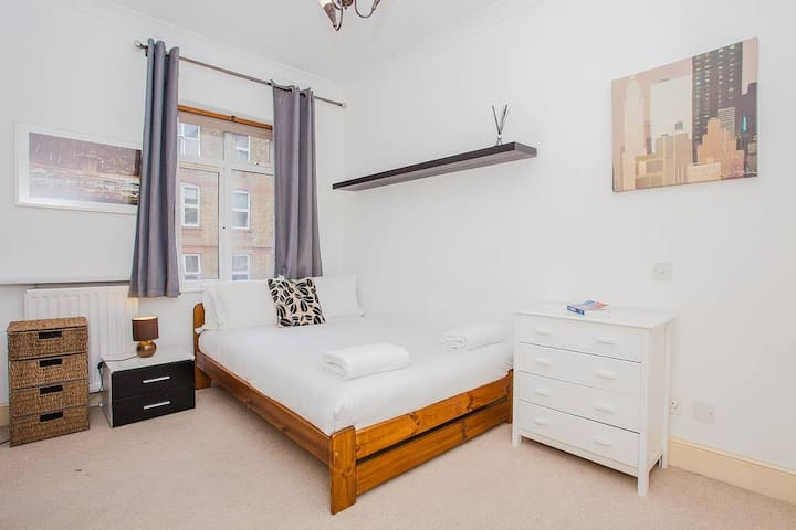 Shoreditch / Hoxton - 1 Bedroom with Ensuite