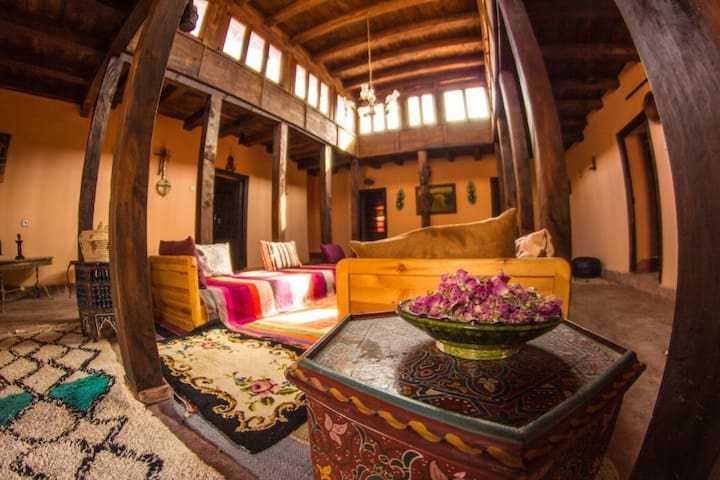 Dar Aya Atlas, Guest house  moroccan experience