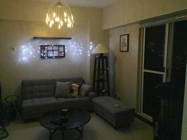 29th Flr Condo Unit in the heart of Quezon City - Quezon City - Apartment