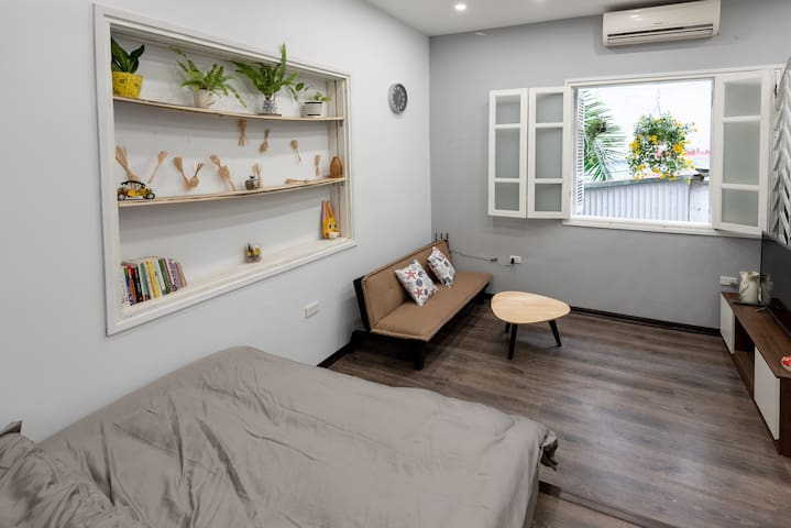 HOVER HOUSE Chicken Room - Cozy/Local Vibe/Netflix