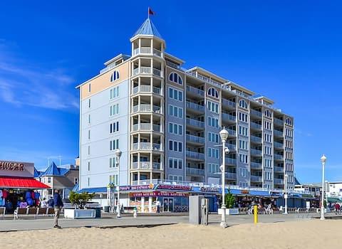 Belmont Towers 804 - Luxury Oceanfront on Boardwalk!
