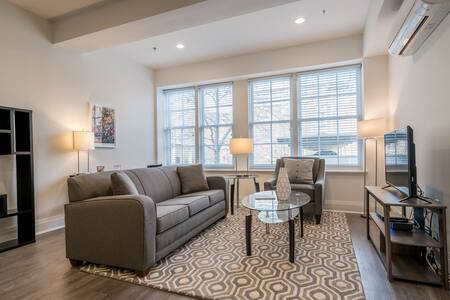 280 Crown St, 1 Bed Apt. Downtown New Haven