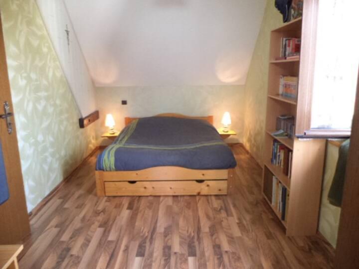 chambre chez particulier....dans maison