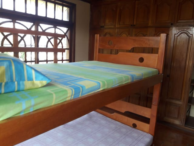 Beds in shared room - Leticia - บ้าน