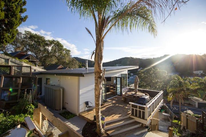 North Base House: Quality Holiday Accommodation