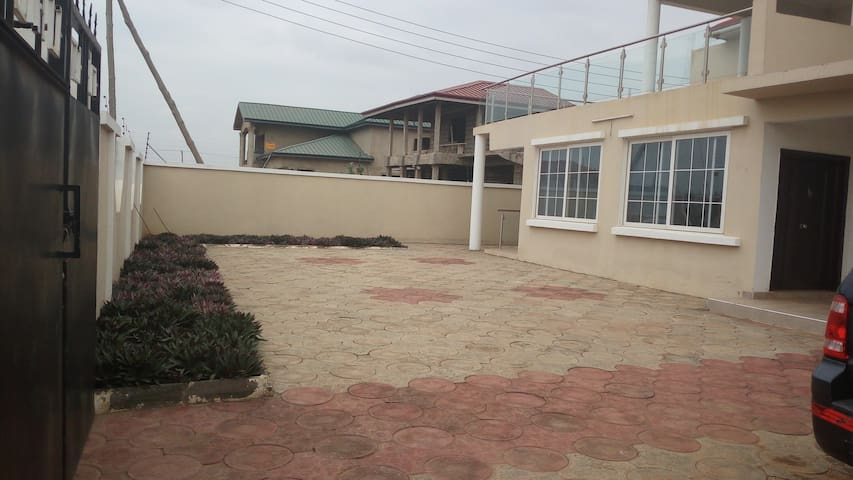 5Bedroom House at Community 25 PS Global - Tema