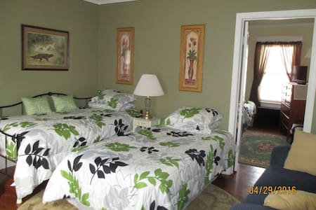 Abe's on Main Apt. Upper 1 bedroom - Newfane - Apartment