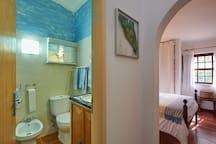 Bathroom/Suite