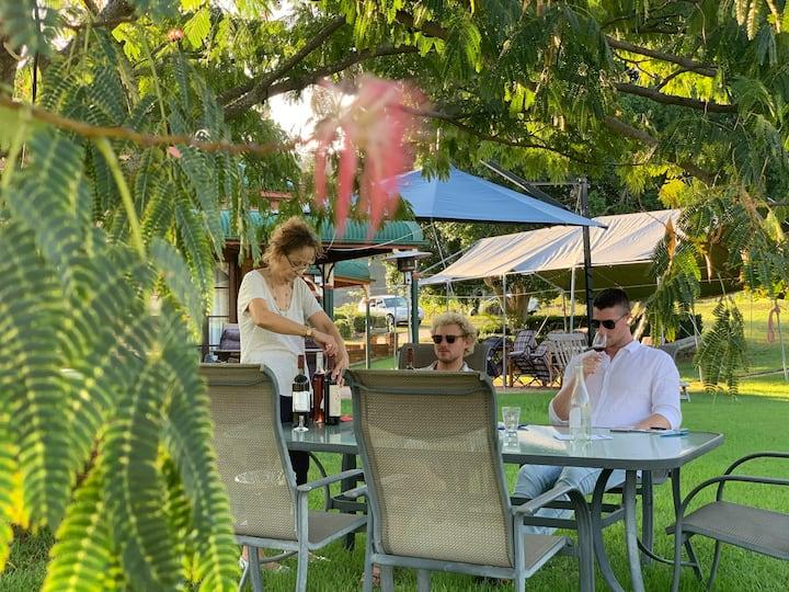 Hunter Shiraz Homestead Organic Vineyard Stay