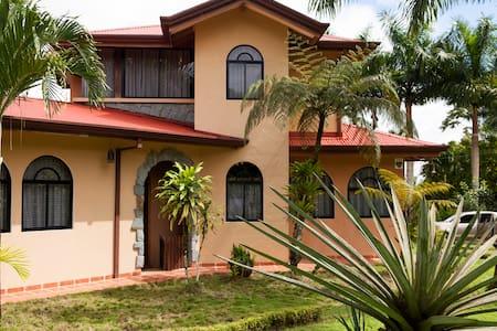 Vagabondo´s House - San Carlos - Dom