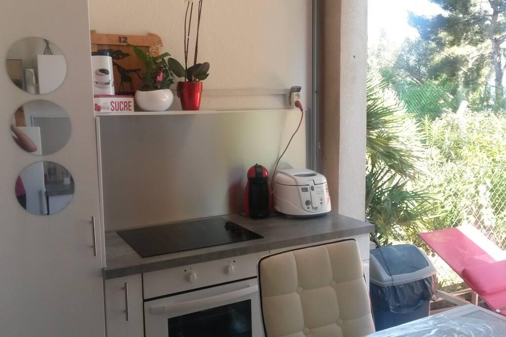 vrai cuisine dans un studio !