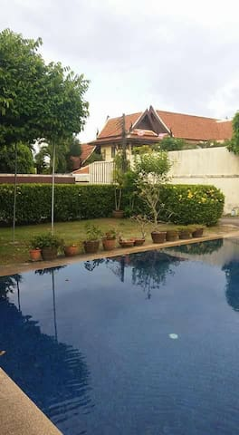 Rawai room with pool 5 mins to beach