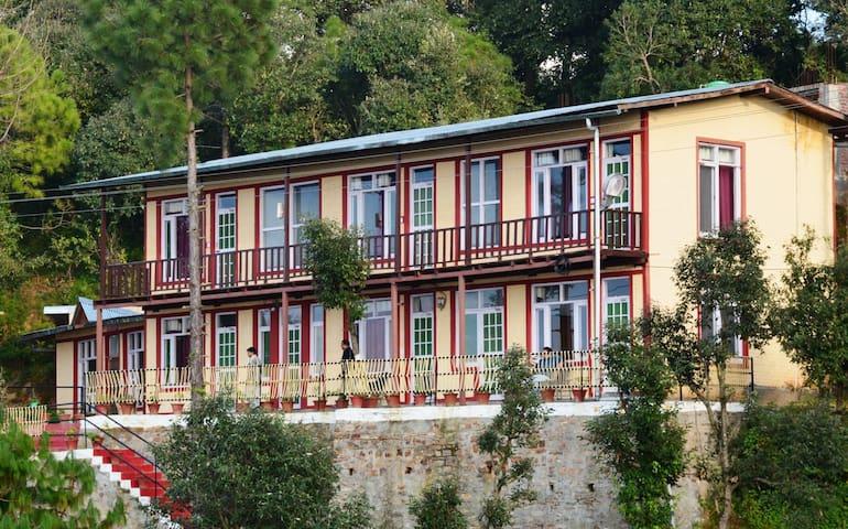 Kaafal Cottage Facade