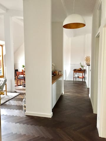 200 sqm rooftop apartment for families (5.5 rooms) - Berlino - Appartamento