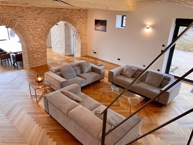 Aux Cortons - House with en-suite bathroom