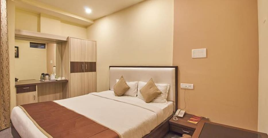 B&B Stay at Airport #2 - Hyderabad - Aamiaismajoitus