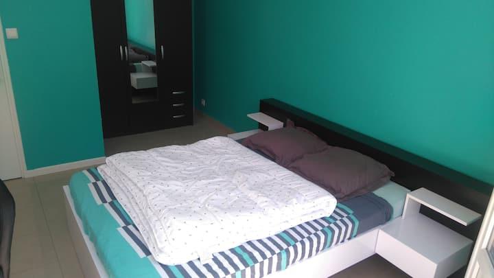 Chambre meublée 16 m²  dans un T3 tout équipé