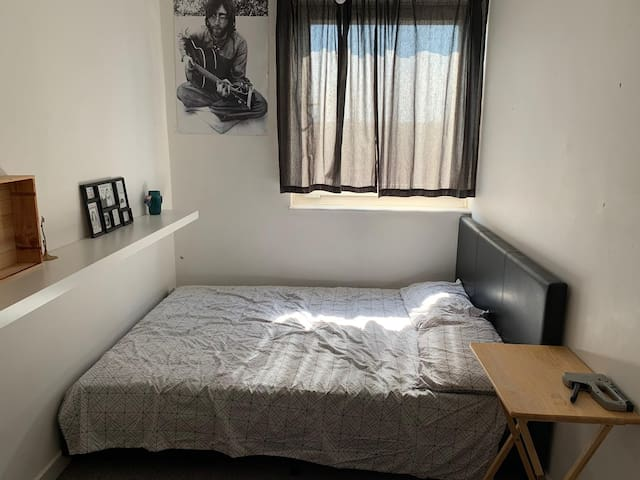 Nice double bedroom zone1 elephant & castle