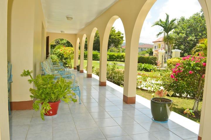 Cindys Villa