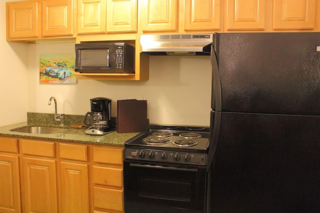 Full kitchenette!