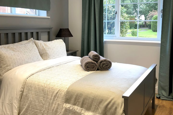 A lovely annex, beautiful double room and en-suite