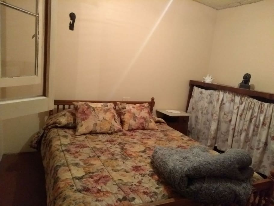 dormitorio principal cabaña del medio