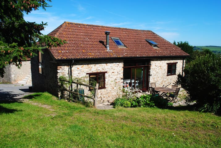 Holnest Barn - Accessible Cottage