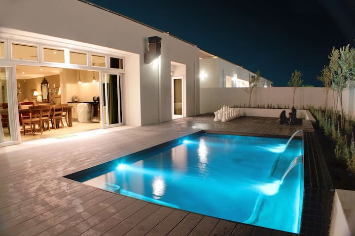 Spatalla Holiday Homes - Unit 4 - Kleinmond