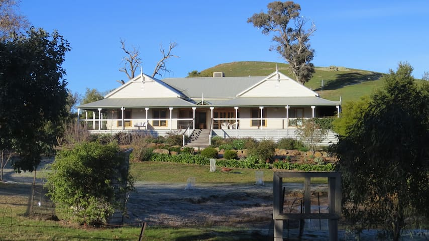 Andlie Farm Homestead Mansfield VIC