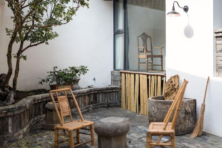 芗吟民宿-《聆雨》感受成都民国人文空间私家庭院,小酒馆旁锦里武侯祠