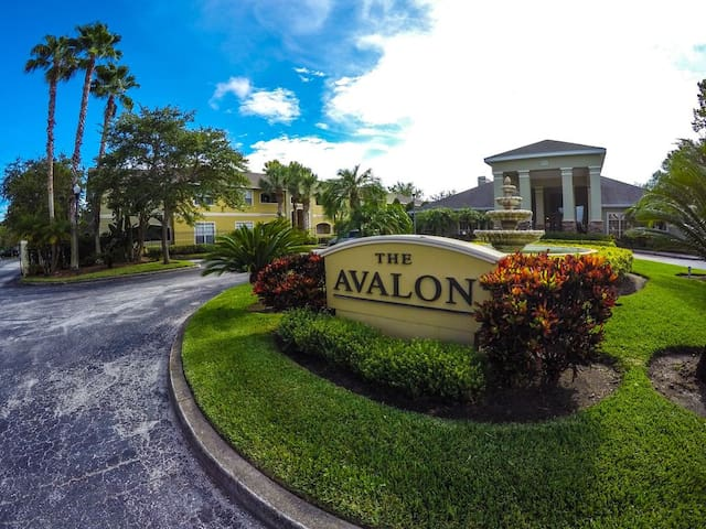 Welcome to Avalon at Clearwater