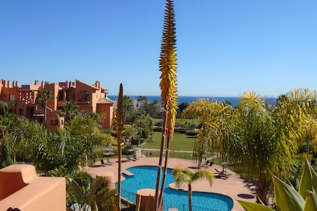 Seaview Penthouse Apartment 24hour security - Estepona