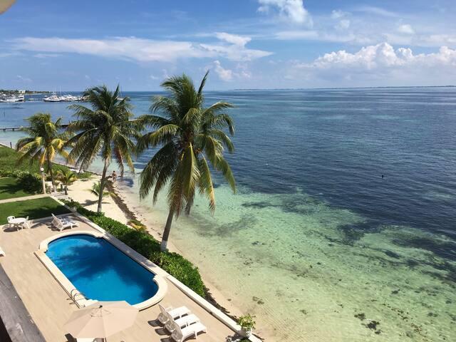 Beach front Puerto Juarez Cancun - Cancún - Apartemen