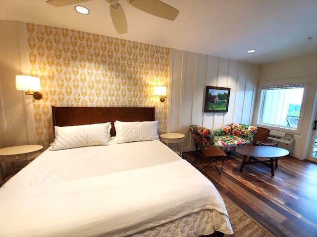Bedroom 2 at The Big Creek Lodge