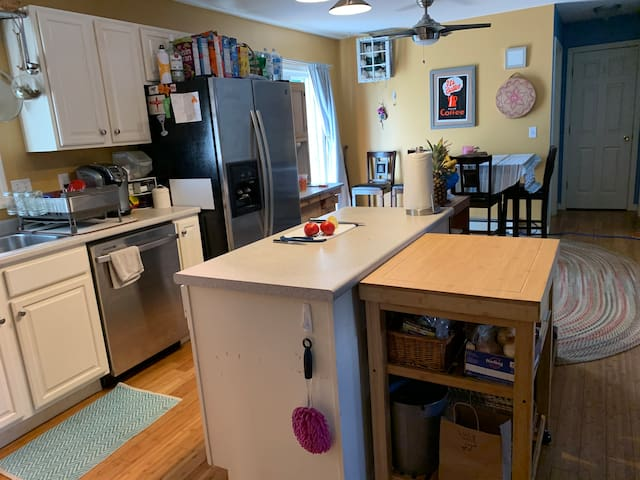Quiet cozy, close to town and Recreation areas