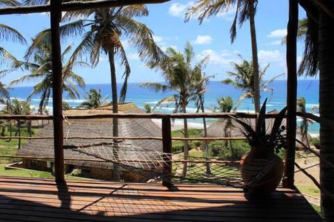 Authentic Mozambican Casa 3 or 4 in Guinjata Bay