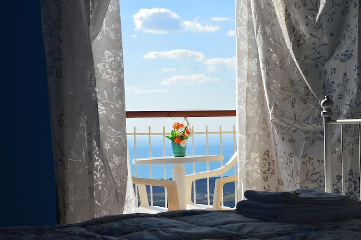 DOUBLE SUITE WITH BALCONY AND SEA VIEW